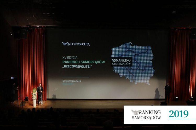 Brzeg Dwunasty W Polsce