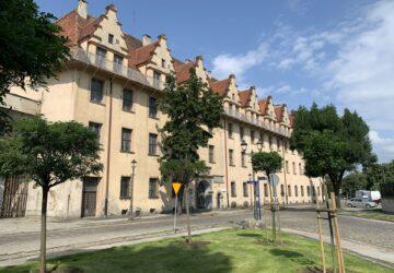 Gmach Gimnazjum Piastowskiego, który w przyszłości może być siedzibą Muzeum Kresów.