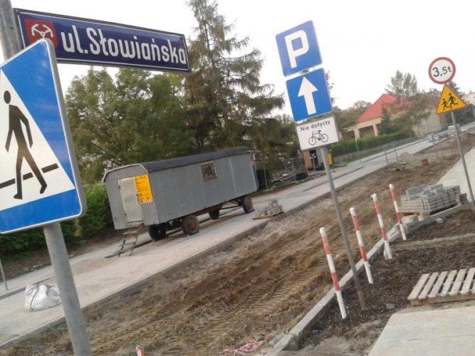 Ulica S Owia Ska B Dzie Nowa Nawierzchnia Chodniki I Wi Cej Miejsc Parkingowych