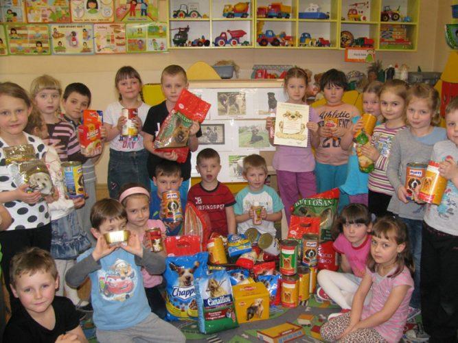 Dzieci Z Publicznego Przedszkola Nr 1 Wspieraj Brzeskie Przytulisko Dla Ps W