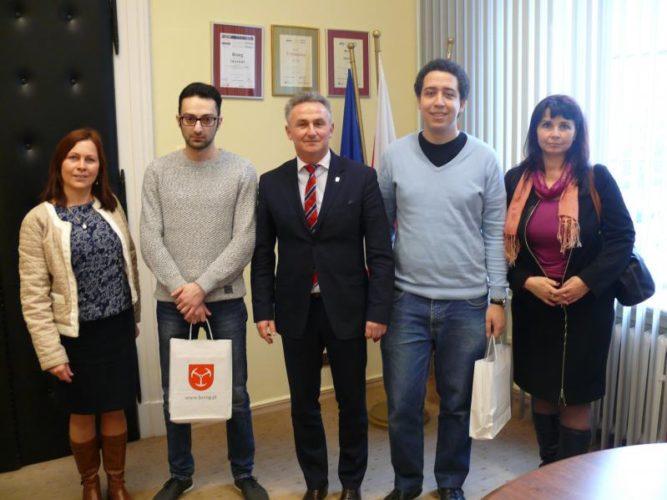 Wizyta Wolontariuszy Z Brazylii I Azerbejd Anu W Brzegu