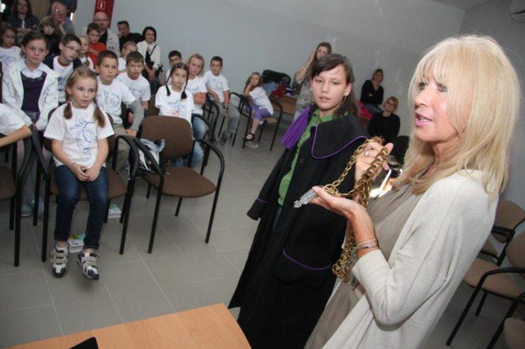 Ruszy Brzeski Dzieci Cy Uniwersytet Unikids